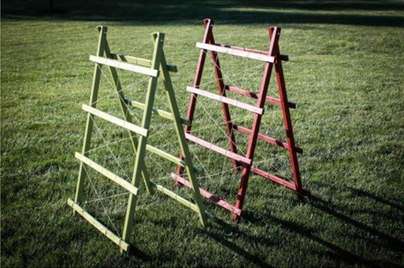 Фото треугольных опор для огурцов
