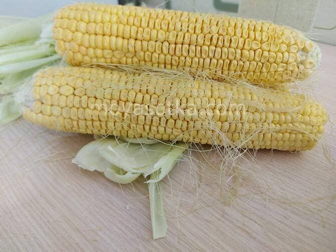 Фото очищенной кукурузы