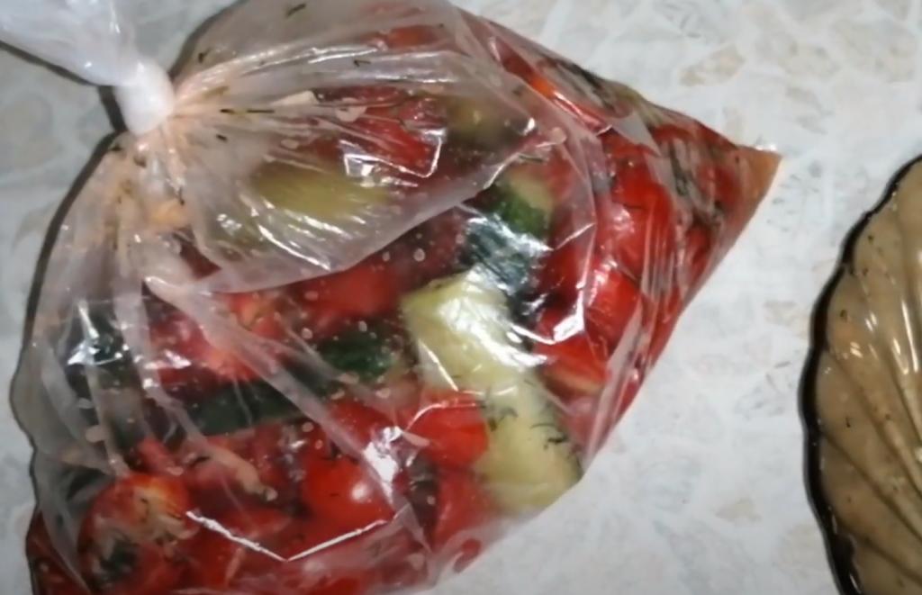Малосольные помидоры быстрого приготовления на зиму